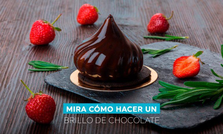 Mira cómo hacer un brillo de chocolate